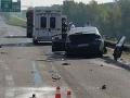 Bratislavu zachvátili piatkové kolóny: Na Prístavnom moste sa zrazili tri autá