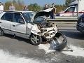 FOTO hromadnej nehody na moste Lafranconi: Zrazilo sa päť áut, piati zranení!