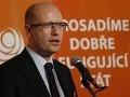 Vo voľbách do Senátu dominovala ČSSD, komunisti prepadli