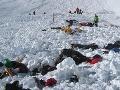 Tragédia v Himalájach pokračuje: Po 2 mŕtvych Slovákoch zasiahla víchrica Čechov, 30 nezvestní!