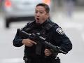 Muž pred domom zabil dve ženy, strhla sa prestrelka: Útočil aj na políciu