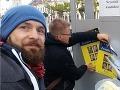 VIDEO Mladí prevrátili Trnavu hore nohami: Bradatý hipster na bicykli bude jej primátor!