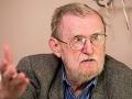 Hlavná tvár revolúcie Feldek: Revolúcia sa pre mňa skončila, keď som dostal kávu s ostnatým drôtom