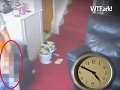 Robotník prichytený pri rozkoši: Zobral do ruky svoj nástroj a kašľal na robotu