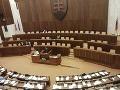 V parlamente pre rok 2014 padla: Poslednú schôdzu ukončili Tichou nocou