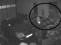VIDEO rafinovaných maskovaných zlodejov z Nitry: Pozrite sa, ako sa dostali do garáže a kradli!
