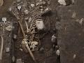 Mexická polícia našla tajný masový hrob: Objavili vyše 30 tiel a deväť hláv!