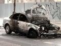 Požiar auta v Nitre: Škody sa vyšplhali na 30-tisíc, polícia žiada o pomoc