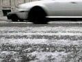Meteorológovia i cestári varujú: Poľadovica i silný vietor