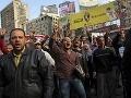 Protesty islamistov v Egypte sa opäť vymkli spod kontroly: Zranení policajti a 15 mŕtvych