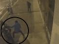 VIDEO bitky na pražskej zastávke: Šestica agresorov napadla dvoch 19-ročných mladíkov!