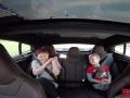 VIDEO: Takúto akceleráciu má elektromobil Tesla, ľudia sa cítili ako pri štarte stíhačky!