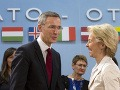 Generálny sekretár NATO Jens Stoltenberg a nemecká ministerka obrany Ursula von der Leyen