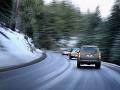 Počasie komplikuje dopravu na Slovensku: Vodičov straší poľadovica, Čertovica je neprejazdná