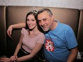 Laura Longauerová si počas večera výborne rozumela aj s hercom Romanom Fratričom.