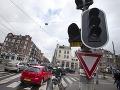 Amsterdam zasiahol masívny výpadok prúdu: Kolaps dopravy, nastal chaos!
