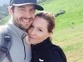 David Abrams a Jennie Garth sú manželia a netaja sa tým, že by mali radi dieťatko. Herečka už má tri dcéry.
