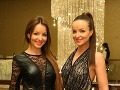 Na módne novinky boli zvedavé aj Twiinsky Veronika a Daniela Nízlové.