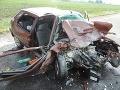 FOTO Nehoda pri Leviciach: Po čelnej zrážke vodička bojuje o život, jej synček zomrel (†12)