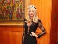 Moderátorka Fashion TV Mária Zelinová sa počas večera objavila v čiernych rafinovaných šatách.