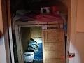 Jamesa (†47) odmietla priateľka (†46): FOTO škatule, v ktorej ju väznil, prišlo k najhoršiemu!