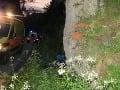 FOTO Ďalšia obeť teplých dní: Cyklista (†44) na Považí narazil do skaly, na mieste mŕtvy!