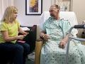 Lekári v Texase ako prví vo svete transplantovali pacientovi časť lebky
