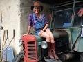 Aneta Sedlmair Parišková v týchto dňoch už naplno zarezáva na prípravách k jojkárskej šou Farmár hľadá ženu.