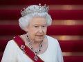 Čína nekomentuje nelichotivé výroky britskej kráľovnej: Rušia signál BBC v krajine