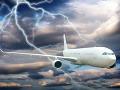 Dlho necestovali: Lietadlo plné ľudí zasiahol krátko po vzlietnutí blesk!