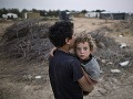 Tŕnistá cesta ku šťastiu: Deti utečencov si musia prejsť peklom