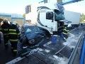 FOTO Tragédia na severe Slovenska: Zrážka dvoch kamiónov a troch áut, žena zahynula!