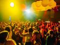 Tínedžer na festivale užil nebezpečné drogy: Skončil ako na FOTO, jeho kamarát zomrel!