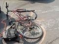 Dráma na ceste: V Želiezovciach zrazilo cyklistku (10) auto, má vážne poranenia tela