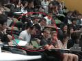Študent na prednáške matematiky pozeral porno: Zabudol si zapojiť slúchadlá!
