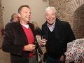 Politik Peter Kažimír a  herec Juraj Kukura sa na párty dobre zabávali.