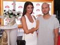 Moderátorka Soňa Skoncová z Fashion TV odišla len nedávno. Na párty prišla v spoločnosti partnera Roba Reisa.