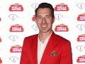 Fashionista Bruno Ciberej do bodky splnil stanovený dress code, ktorý bol v kombinácii červená-biela-zlatá.