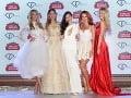 Kompletná zostava moderátoriek Fashion TV: (zľava) Mária Zelinová, Jasmína Alagičová, Dominika Ngo Ducová, Lenka Vacvalová a Natalie Kotková.