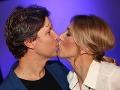 Zaľúbenci Martin Kaprálik a jeho Miška si vyznávajú lásku aj na verejnosti.