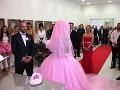 Zuzana Plačková sa pýtala hostí, či sa má naozaj vydať.