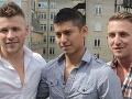 Traja mladíci žijú tak, ako si asi neviete predstaviť: Gay trio teraz plánuje deti