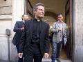 Charamsa sa priznal k homosexualite: Už viac nesmie byť duchovným