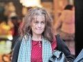 Helena Bonham Carter bežne brázdi ulice takáto strapatá.