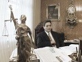Z luxusnej vily do väznice: FOTO majetku z roku 1998, mladá milenka Majského nepočkala