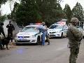 Divoká prestrelka v Bratislave: Medzinárodne hľadaná osoba vypálila na policajtov a unikala