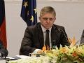 Ficovi klesli preferencie, Procházka si polepšil: Tieto strany majú u voličov úspech