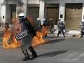 FOTO Demonštrácie a potýčky kvôli generálnemu štrajku v Grécku: V krajine skoro nič nefunguje