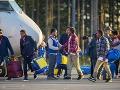 Humanitárna superveľmoc sa rozpadá: Neonacistom stúpajú preferencie, všetko kvôli utečencom