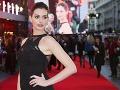 Hollywoodske šuškanie sa konečne potvrdilo: Anne Hathaway čaká bábo!